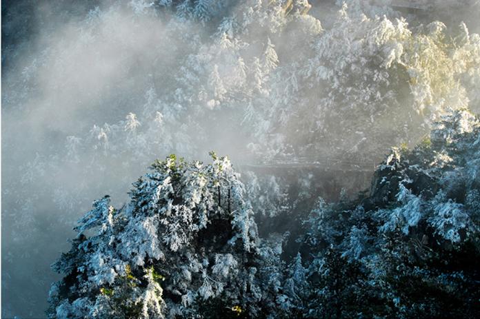 《尧山雪季》叶耀宏13700751265.jpg