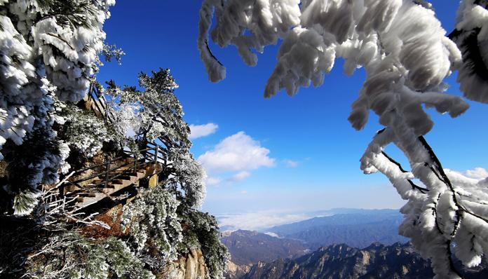 雪韵尧山  摄影 王建中18637579990.jpg