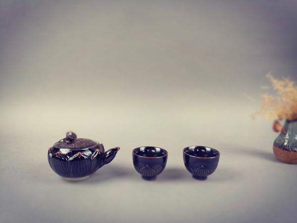 《出水芙蓉》半自动养生茶具3.jpg