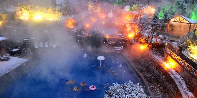 家园  冬天里的童话  摄影 郭东伟13937566115.jpg